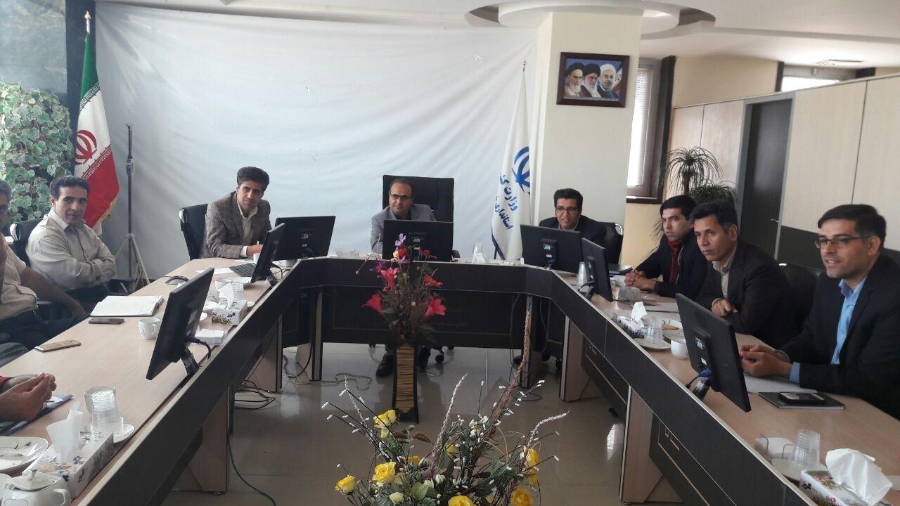 برگزاري جلسه جداسازي آب شرب از فضاي سبز شهرستان نهبندان
